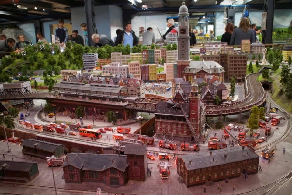 Миниатюрная страна чудес в гамбурге: экспозиции, описание и фото