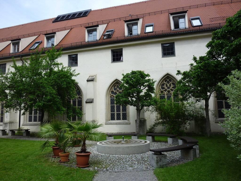Ульмский собор в германии: внешний вид и внутренний интерьер храма