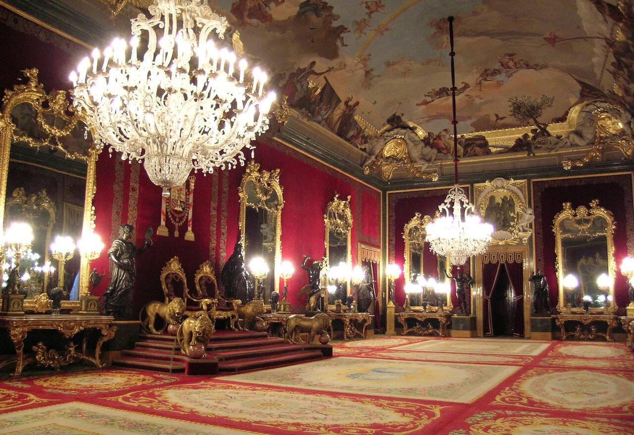 Королевский дворец в мадриде: адрес, как добраться, карта, время работы, история, описание.