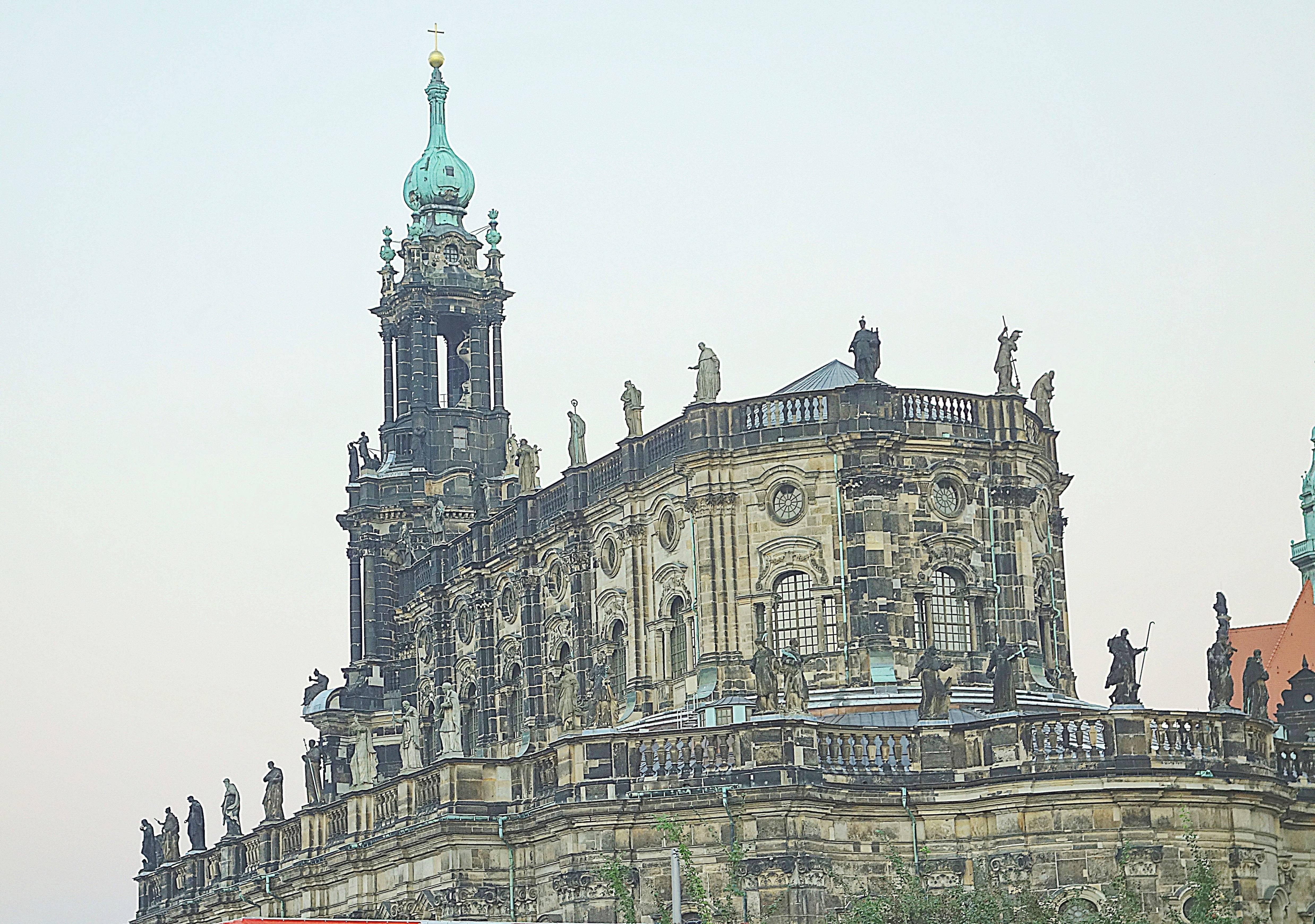 Реймский собор – архитектура и факты из истории готического храма во франции