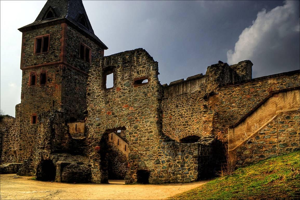 Замок нойшванштайн в германии: фото, описание, как добраться, замок нойшванштайн внутри