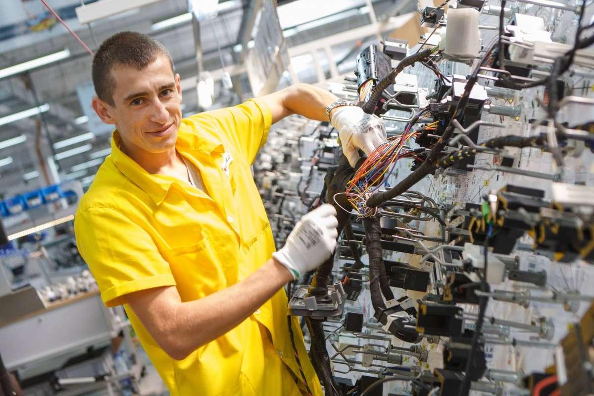 Вакансии и работа : «с хорошей зарплатой» без опыта в москве