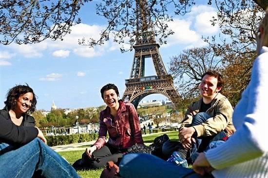 Как найти работу в париже в 2021 году для иностранцев