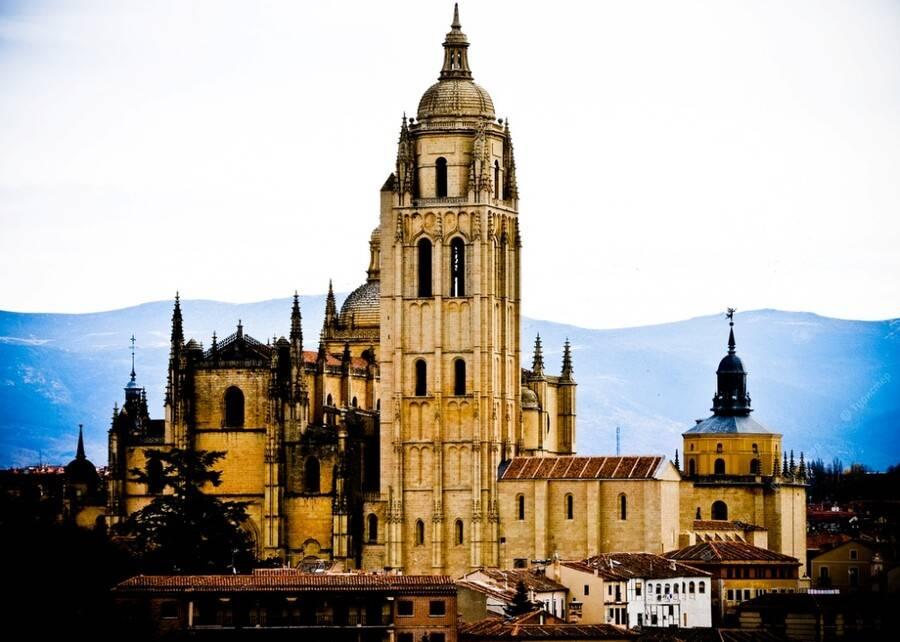 Вопрос от anechka10, 25 ноября 2011 г., мадрид, испания