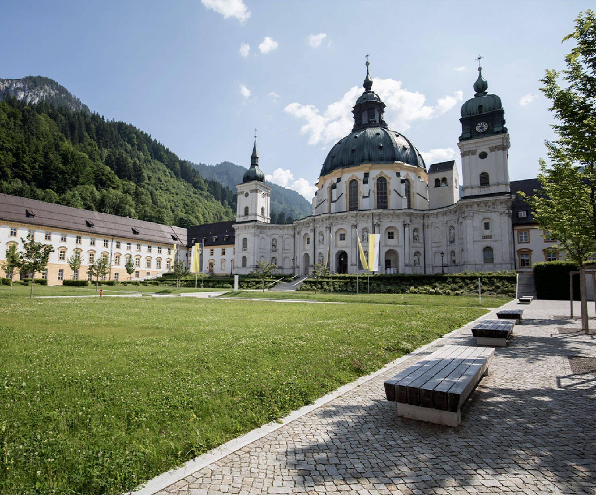 Татевский монастырь: описание, как добраться, что посмотреть + много фото