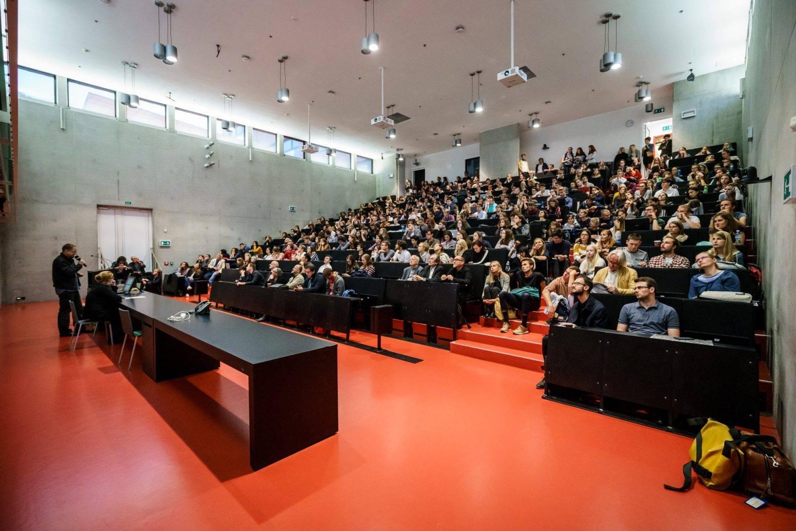 Факультет fel — главный по электротехнике