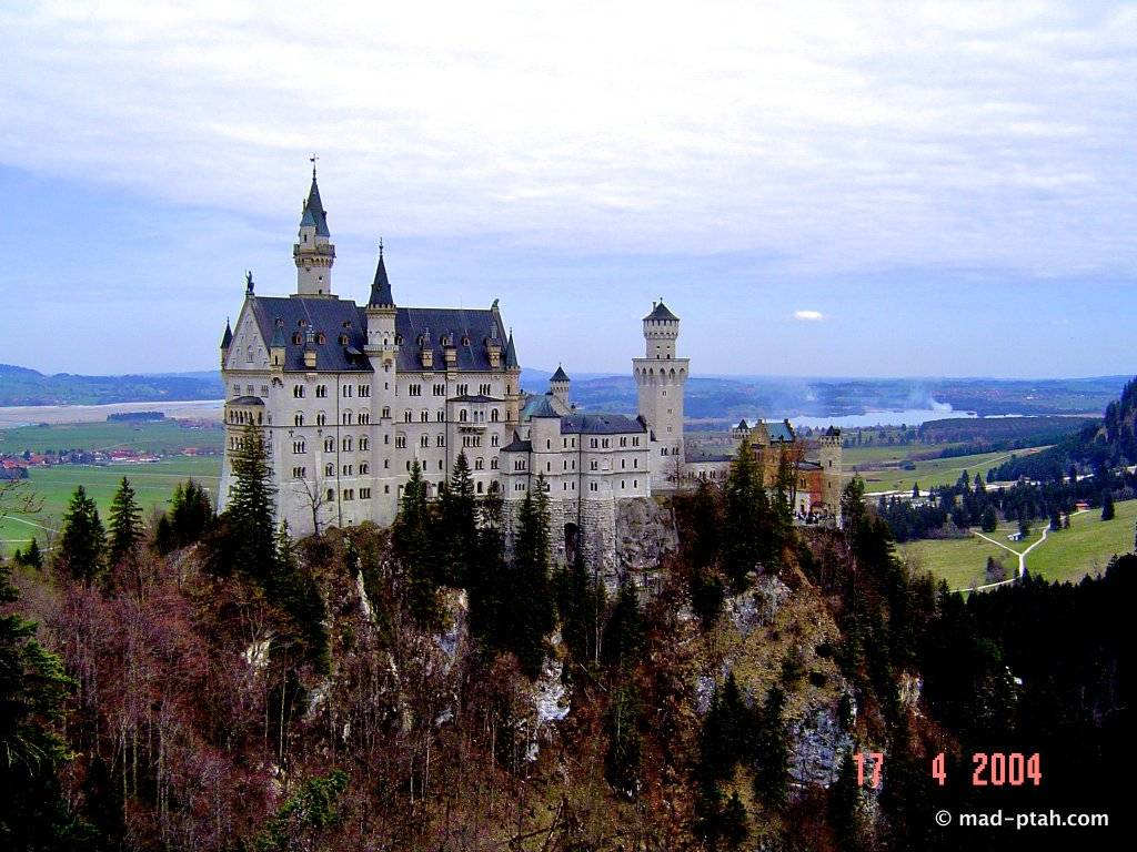 Нойшванштайн – лебединая песня короля людвига іі: история строительства замка