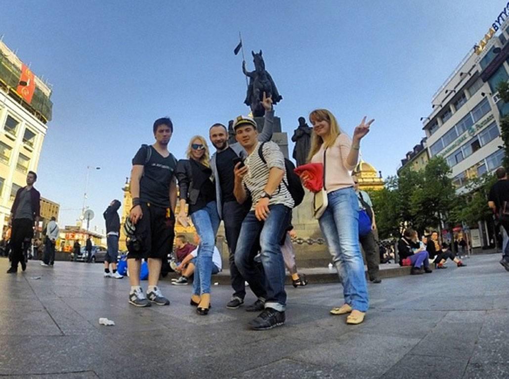 Работа в чехии: поиск вакансий, оформление визы и документов