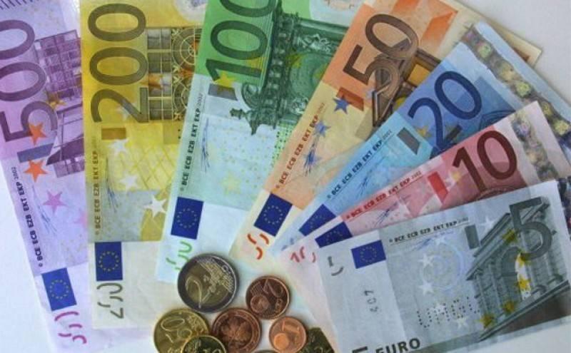 Какую валюту брать в турцию в 2021 году?