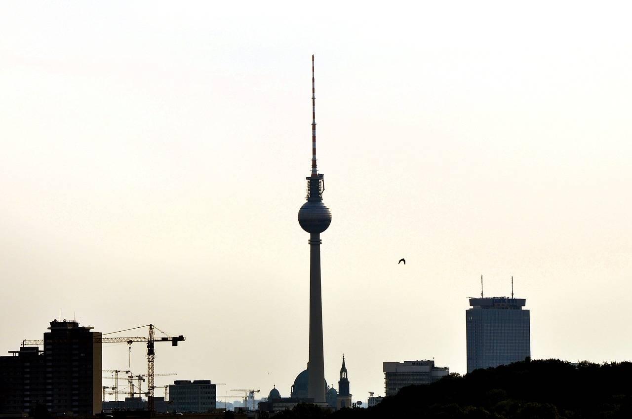 Берлинская телебашня: описание, история, экскурсии, точный адрес