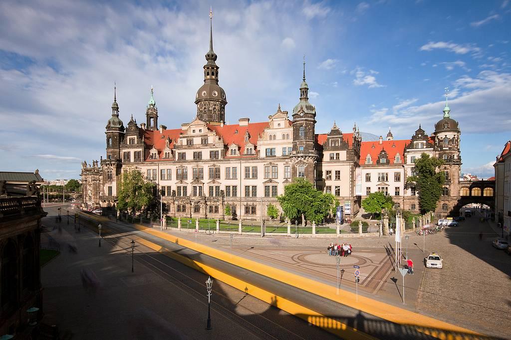 Дрезденский замок-резиденция: фото, описание и отзывы туристов