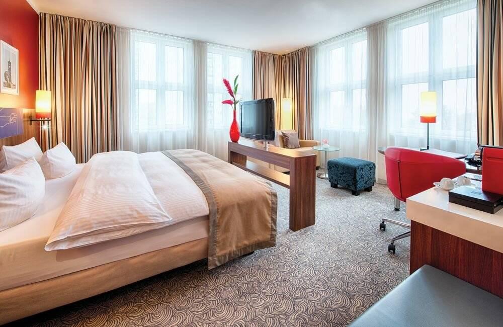 Как сделать бронь номера в отеле Берлина