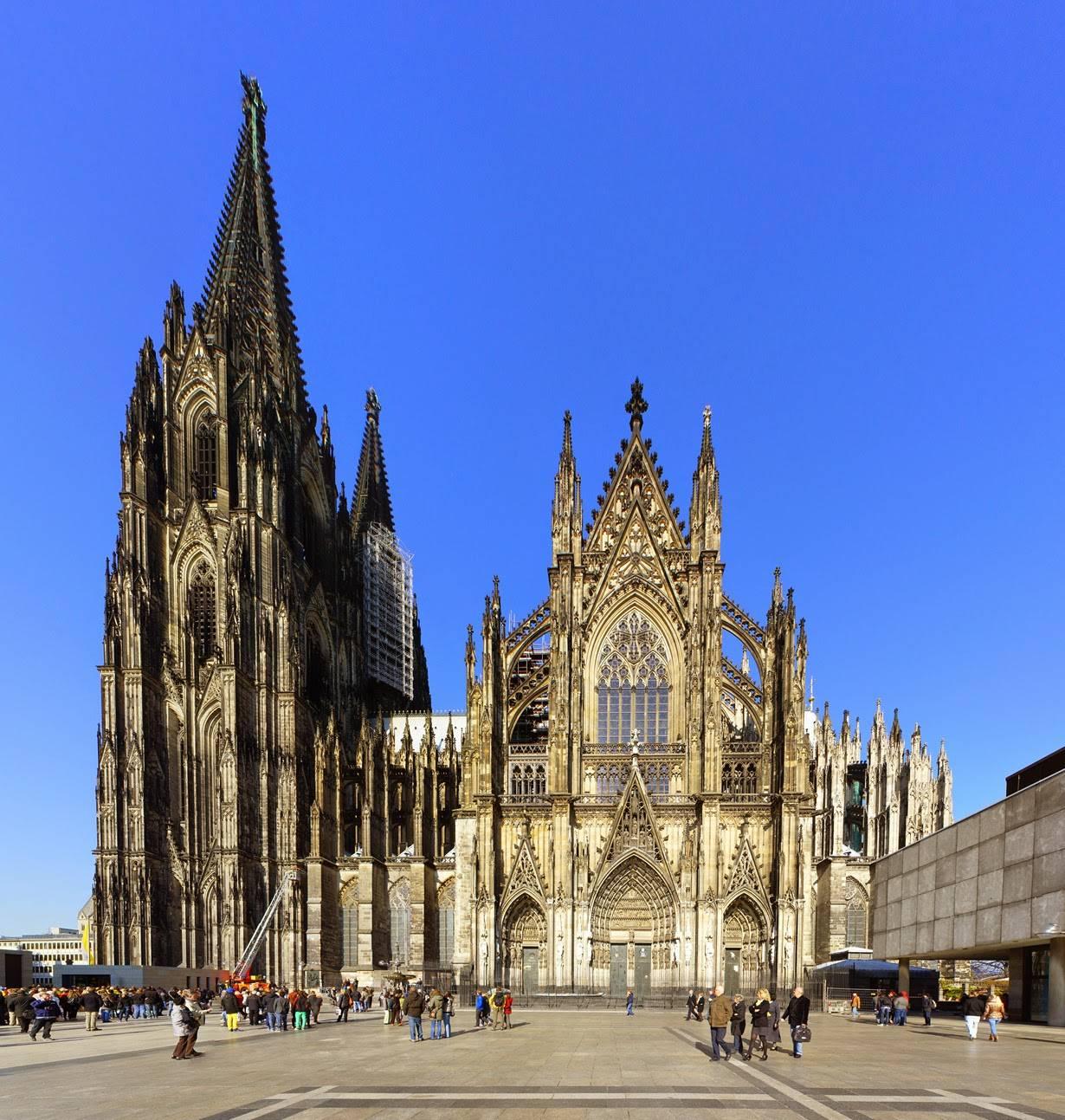 Церковь святого таинства (дюссельдорф) — википедия