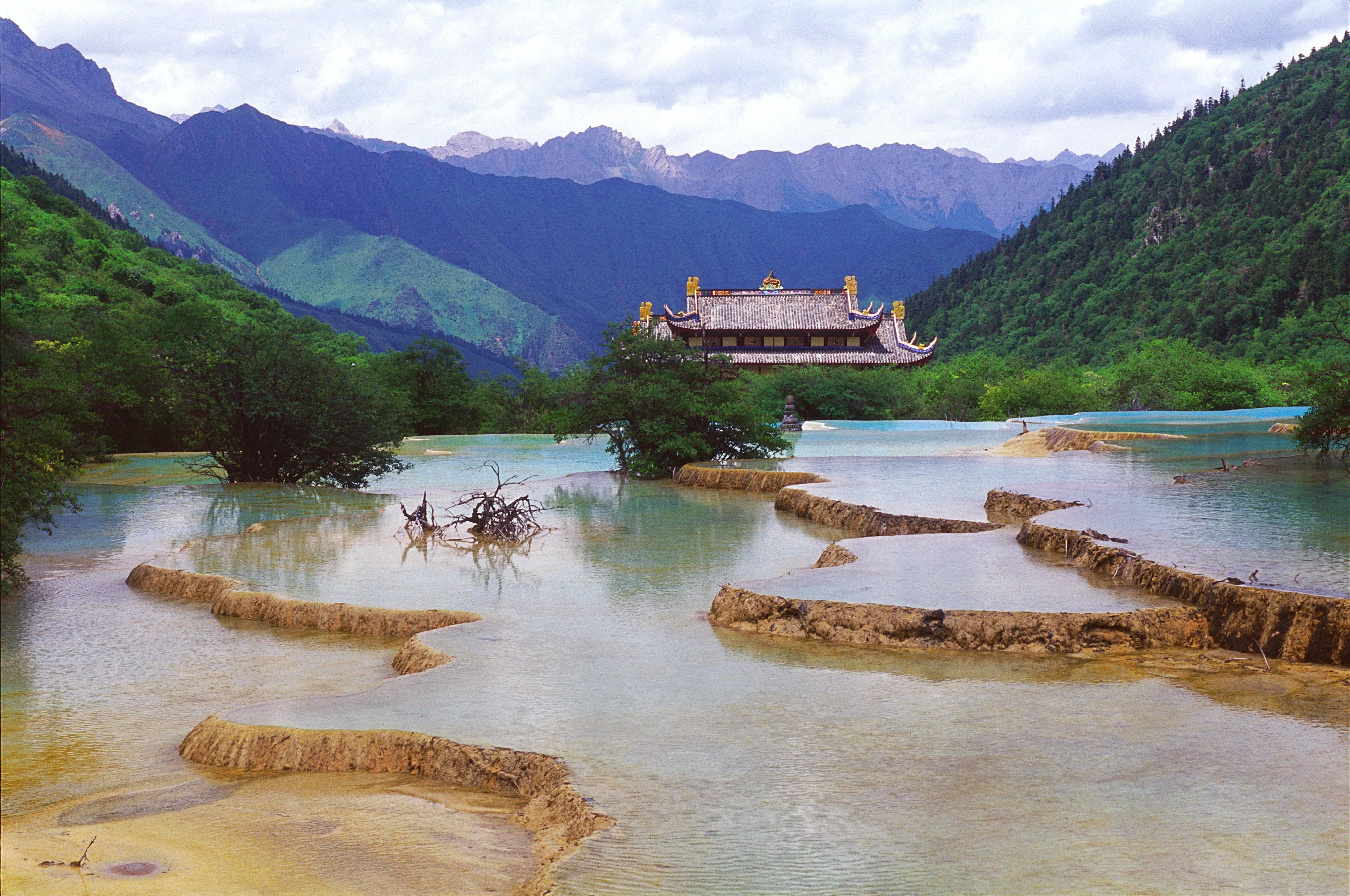 Чем интересен китай для туристов, и зачем сюда ехать в отпуск