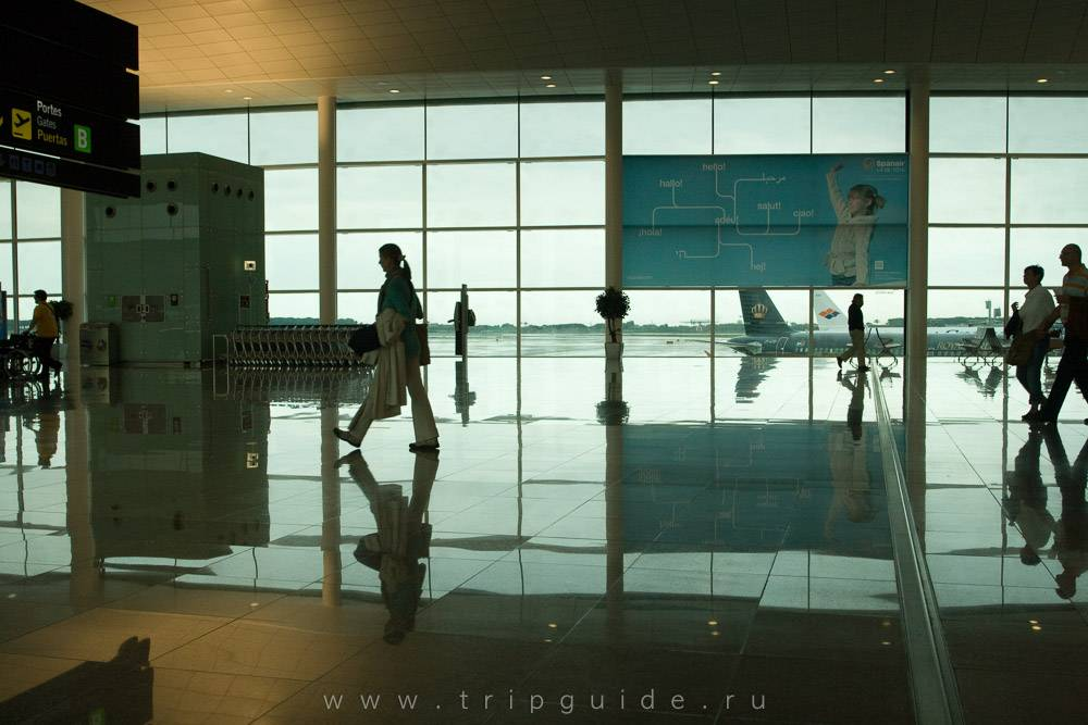 Аэробусы (шаттлы) в аэропорту барселоны