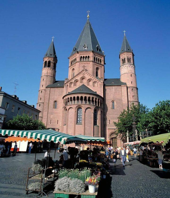Майнцский кафедральный собор, исполин рейна | tourpedia.ru